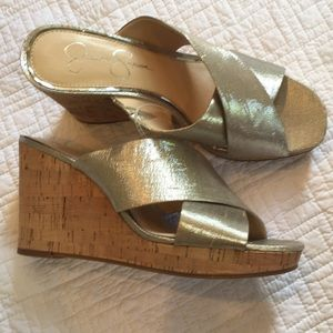 NWT JESSICA SIMPSON wedges